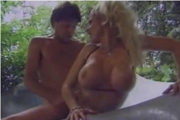 Retro szex filmek - Titty Town 3.