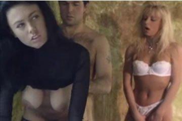 Anita Dark - fotózás és szex hármasban