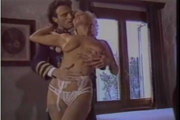 Retro szex - Olinka Hardiman